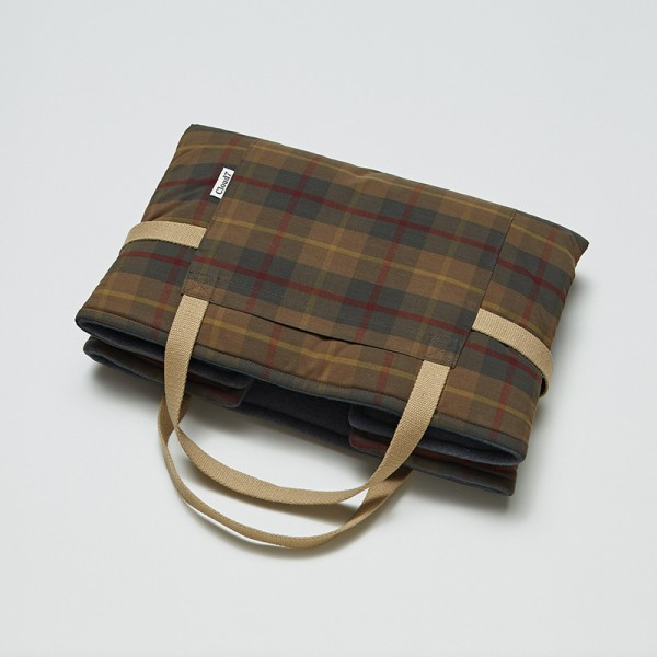 Cloud7 Travel Bed Waxed Cotton Tartan